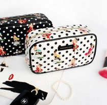 Marianne kate(マリアンケイト) トラベルポーチ Marianne kate★PINUP GIRL PARTY POUCH《追跡送料込》