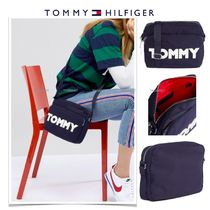 *Tommy Hilfiger*ロゴ入り/スクエアー クロスボディバッグ