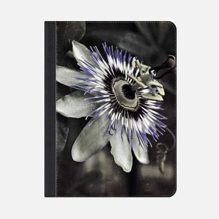 Casetify iPad・タブレットケース ★Casetify★iPadケース*PASSION FLOWER DARK