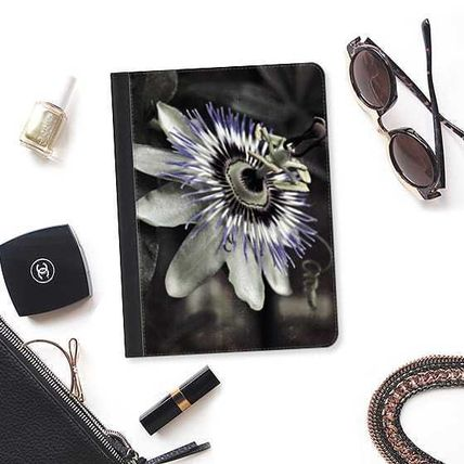 Casetify iPad・タブレットケース ★Casetify★iPadケース*PASSION FLOWER DARK(2)