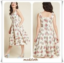★modcloth★Collectif x MC Passion 花柄フレアワンピース