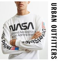 """Urban Outfitters(アーバンアウトフィッターズ) Tシャツ・カットソー NYで人気沸騰中 NASA シリーズ """"Urban Outfitters""""  ロンT"""