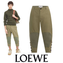 LOEWE Cropped Button Trousers カーキ 切替風パッチでメリハリ