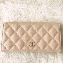 ★CHANEL☆18-19AW最新★カメリア型押しレザーフラップ☆限定★