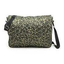 レスポートサック LeSportsac 3243 D463 TRUE MESSENGER