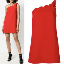MM527 CADY FAILLE ONE-SHOULDER DRESS WITH SCALLOP DETAIL