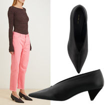 日本未展開☆【CELINE】Soft v Neck Pumps - Nappa Lambskin