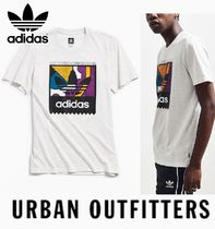 """adidas ロゴTシャツ  """"Urban Outfitters""""  限定デザイン"""
