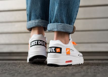 Nike スニーカー [NIKE] WMNS AIR MAX 1 LX *JUST DO IT*(2)