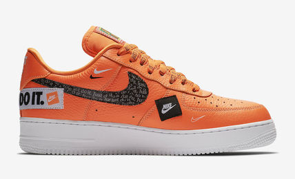 Nike スニーカー ★【NIKE】追跡 Air Force 1 Low Just Do It Pack Total Orange(7)