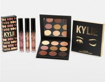 KYLIE COSMETICS カイリーコスメ The Sorta Sweet Bundle