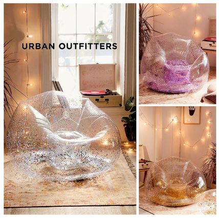 新作☆UrbanOutfitters☆Trixie Inflatable Chair☆税送込