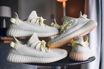Adidas Yeezy Boost 350 V2 / US 10.5 28.5cm / Butter