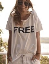 One Teaspoon(ワンティースプーン) Tシャツ・カットソー 追跡送料込☆かわいい文字プリントWHITE FREE LOVE MEMPHIS TEE