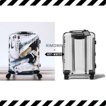 "OFF-WHITE × RIMOWA ""Essential""  オフホワイト スーツケース"