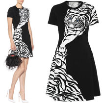 18-19AW V1143 TIGER INTARSIA KNIT DRESS