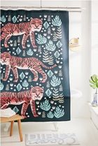 円高還元SALE☆Urban Outfittersサファリタイガーshower curtain