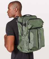 Lululemon セール リュック《Assert Backpack 30L》Green Twill