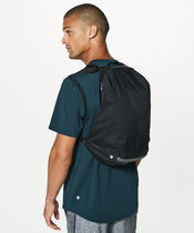 Lululemon リュック《Surge Run Backpack II 16L》Black色