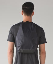 Lululemon《Surge Run Backpack 15L》Black
