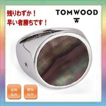 残りわずか!TOM WOOD Flush Black Mother of Pearl Signet Ring