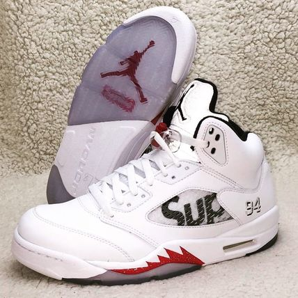 buy popular 2e827 121fb Nike スニーカー  関税込 NIKE Air Jordan 5 Retro x SUPREME White ...