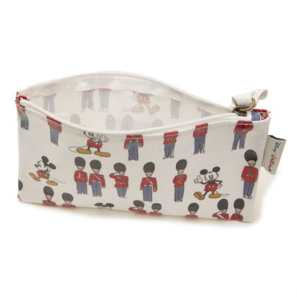 Cath Kidston メイクポーチ キャスキッドソン ポーチ 734547 Ivory Mickey and Guards(4)