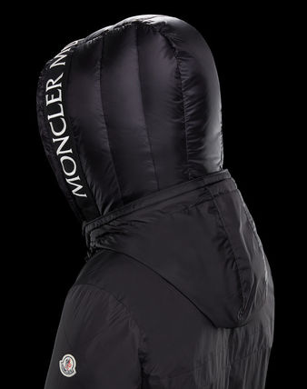 New Model MONCLER  MONTVERNIER