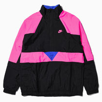 NSW WOVEN VW JKT BLACK/HYPER PINK/HYPER ROYAL/HYPER PINK