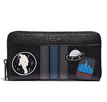 ☆COACH☆ ACCORDION WALLET WITH VARSITY SPACE PATCHES