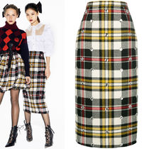 MM563 LOOK5 CRYSTAL EMBELLISHED PLAID WOOL PENCIL SKIRT