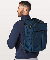 Lululemon セール リュック《Assert Backpack 30L》Night Diver