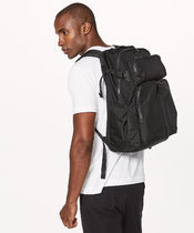Lululemon リュック《Assert Backpack 30L》Black色
