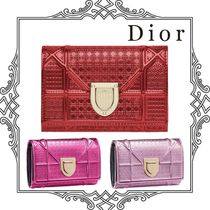 Dior マイクロカナージュカーフレザー DIORAMA  wallet すぐ届く