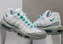 [NIKE]AIR MAX 95 ESSENTIAL