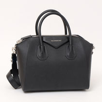 GIVENCHY NIGHTINGALE  ANTIGONA   2WAYバッグ  BLACK