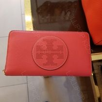 セール! Tory Burch★ PERFORATED LOGO ZIP CONTINENTAL WALLET