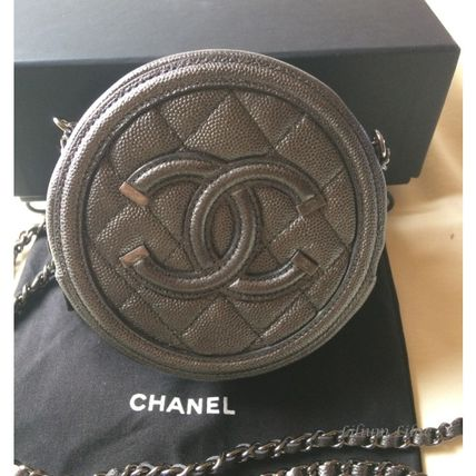 CHANEL 財布・小物その他 【国内発送・すぐ届く】CHANEL☆クラシック チェーンクラッチ(2)
