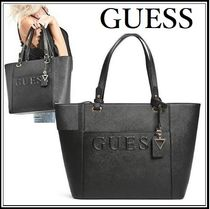 GUESS セール!◆ エンボスロゴ・ブラックトートバッグ ◆ A4可