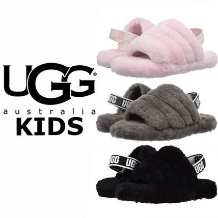 UGG キッズサンダル UGG☆'18新作キッズ大人も履けるFLUFF YEAH SLIDE