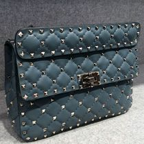 18-19AW V1145 ROCKSTUD SPIKE MEDIUM CHAIN BAG