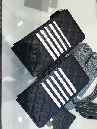 CHANEL スマホケース・テックアクセサリー ALL IN ONE大容量★2018 CHANEL★TIMELESS TC PHONE CASE in BLK(2)