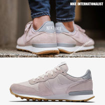 NIKE★WMNS INTERNATIONALIST★レトロ★BARELY ROSE