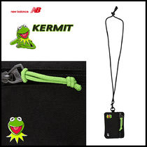 日本未入荷♪ New Balance KERMIT COIN HOLDER_NBGC8F8404