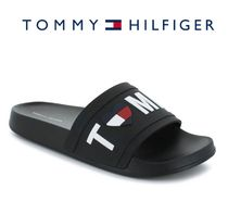SALE![Tommy Hilfiger]ハートのロゴ付きスリップオン!