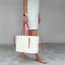 クァニ★KWANI★Message Carry Bag_Ivory★大人気★新商品★