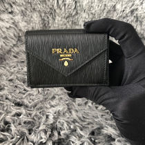 【PRADA】VITELLO MOVE 3つ折り財布 1MH021