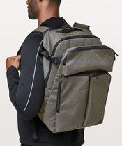 [lululemon]◆たっぷり収納Assert Backpack(dark grey)