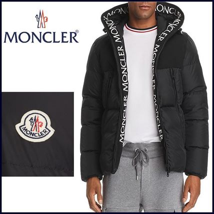 新作【MONCLER】 Logo Trim Down Jacket★袖ロゴ入り