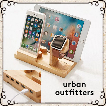 ☆Urban Outfitters 木製マルチデバイス*チャージドック☆送関込